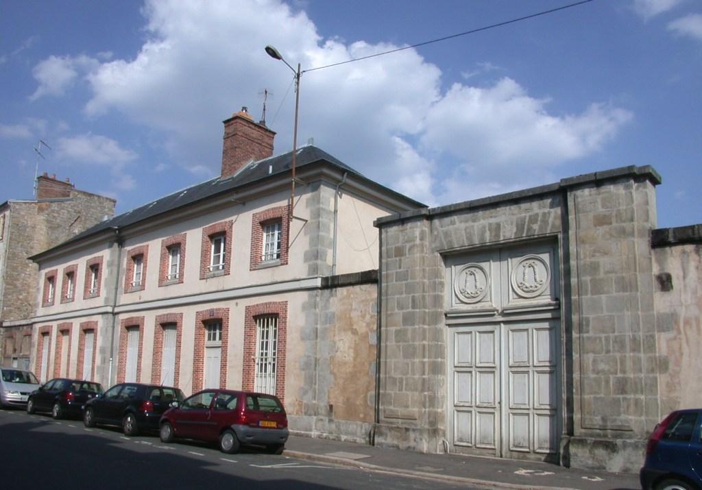 monuments historiques class s de la ville de fontainebleau. Black Bedroom Furniture Sets. Home Design Ideas